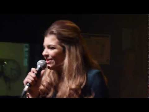 Caroline Costa - Rolling in the Deep (Adele Cover)