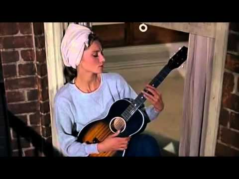 #YellowTV Audrey Hepburn - Moon River