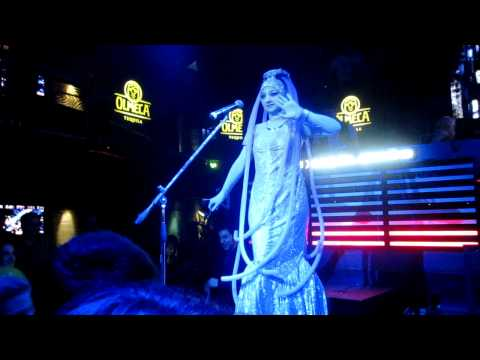 Diva Plavalaguna - Fifth Element (live in nigthclub)
